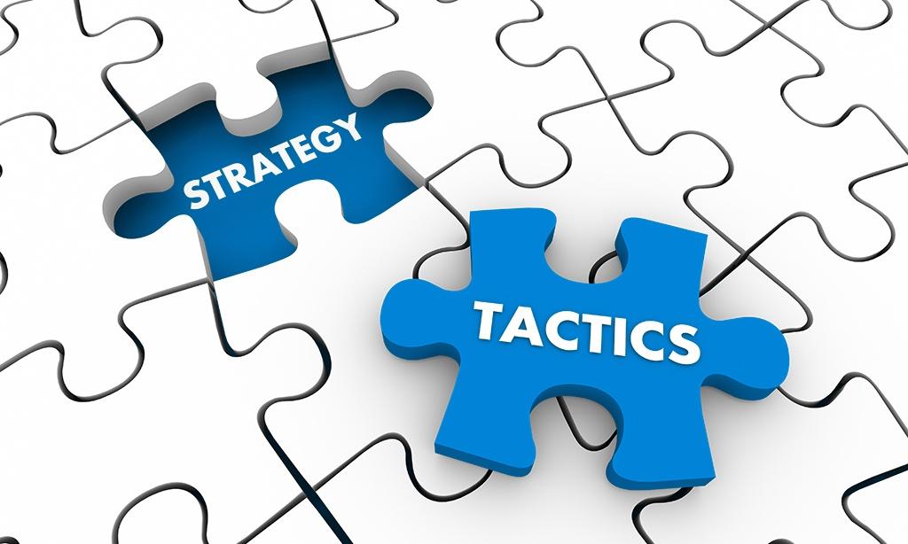 So sánh chiến lược và chiến thuật marketing
